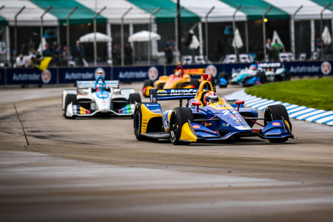 Alexander Rossi racing early in the Chevrolet Detroit Grand Prix. © [Andy Clary/ Spacesuit Media]