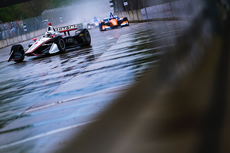 Leaders in the rain at the Chevrolet Detroit Grand Prix. © [Jamie Sheldrick/ Spacesuit Media]