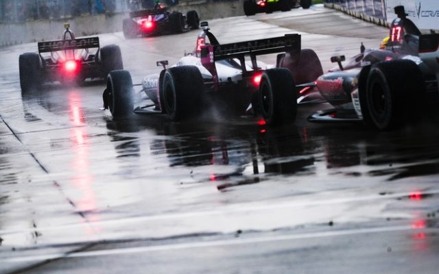 The pack battles through the rain at the Chevrolet Detroit Grand Prix.  © [Jamie Sheldrick/ Spacesuit Media]