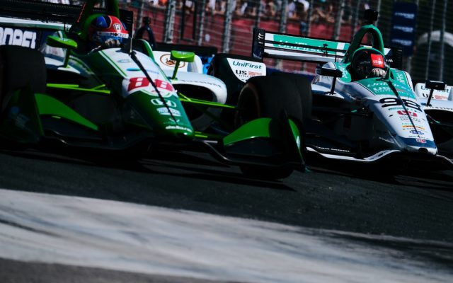 Colton Herta and Marco Andretti battle in Toronto.  © [Jamie Sheldrick/ Spacesuit Media]