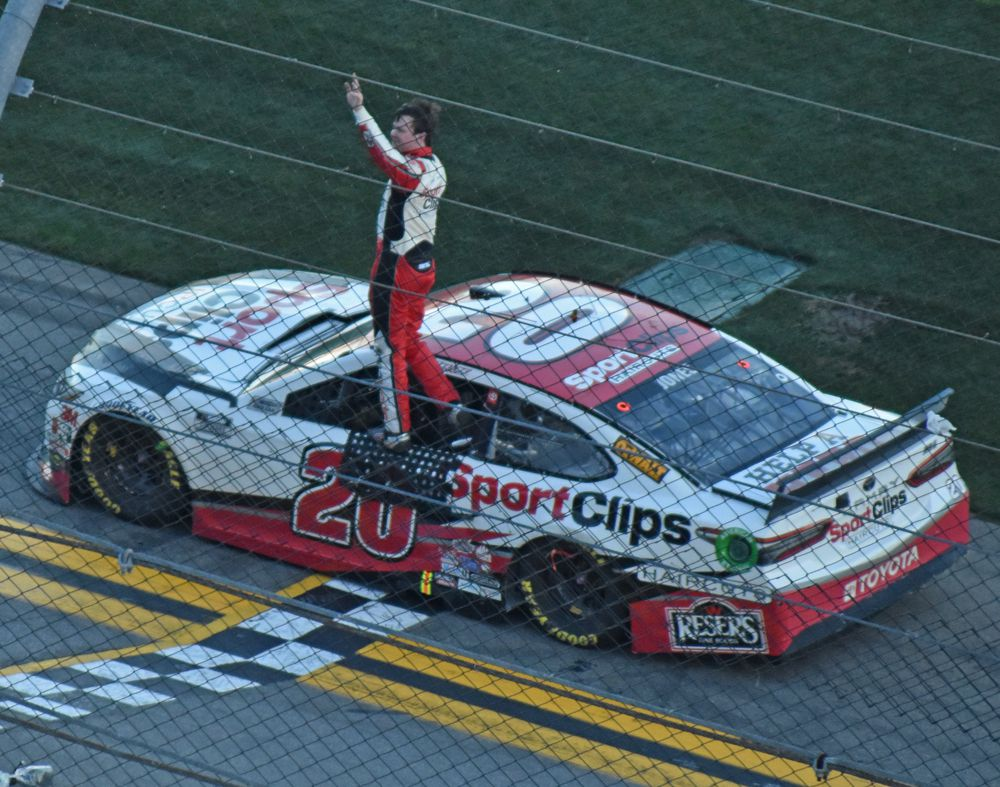 Busch Clash winner Eric Jones salutes the crowd. [Joe Jennings Photo]