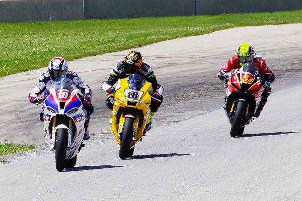 Moto America Super Bike #10 Travis Wyman, #85 Jake Lewis, #57 Bradley Ward. [Roy Schmidt photo]