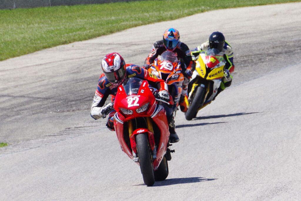 Moto America Super Bike #22 Ashton Yates, # 79 Tony Storniolo, #Danilo Lewis. [Roy Schmidt photo]