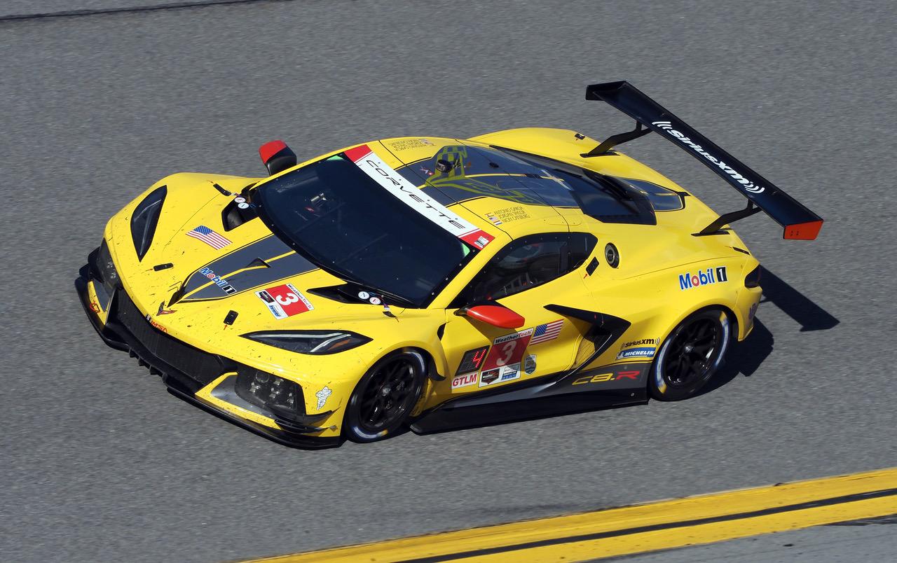 C8.R on the Daytona banking. [Photo by Jack Webster]