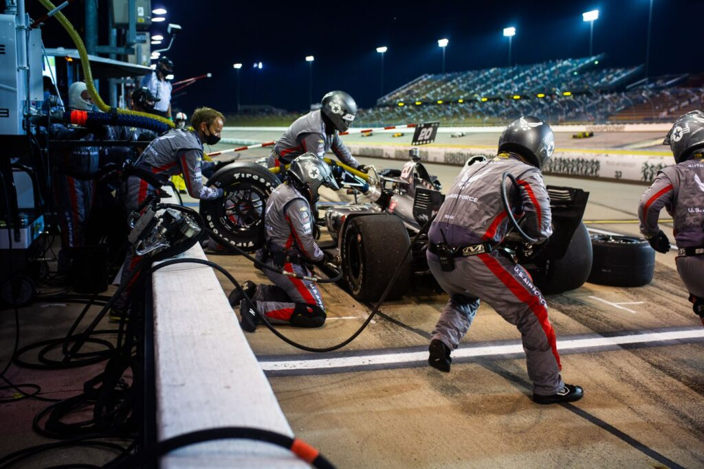 Ed Carpenter's crew working the pits at Iowa Speedway. © [Kenneth Midgett/ Spacesuit Media]