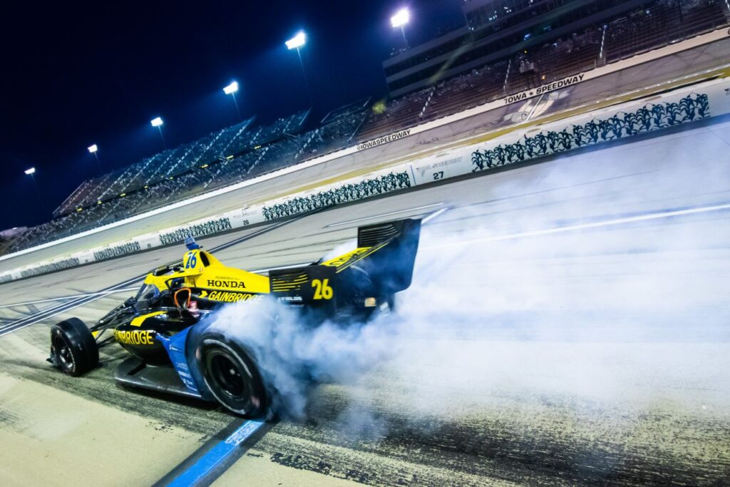 Zach Veach takes off following a pit stop at Iowa Speedway. © [Kenneth Midgett/ Spacesuit Media]