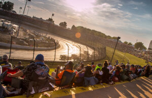 [photo courtesy Eldora Speedway]