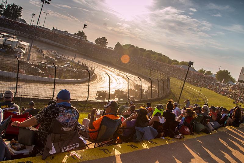 [photo courtesy Eldora Speedway]
