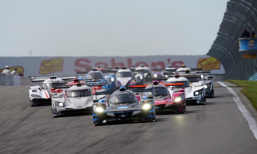 Race start. [Jack Webster photo]