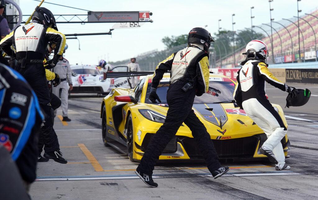 Corvette pit stop. [Jack Webster photo]